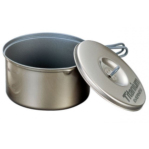 evernew titanium non stick pot w/handle - 5.8l- Save 10% Off - Evernew Camp & Hike Titanium Non Stick Pot w/Handle - 5.8L ECA429. Evernew has developed non-stick coatings that use an organic non-teflon silicone-based ceramic compound. We care about the health of our customers so all of our cookware is PFOA-free.