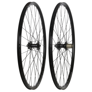 Image of Framed FA2.1 100/142 700 x 33C Wheel Set