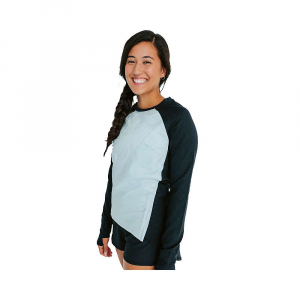Oiselle Women's Flyout Insulated Base Layer Top – XS – Black