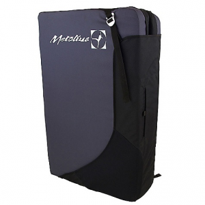 metolius session crash pad- Save 20% Off - On Sale. Free Shipping. Metolius Session Crash Pad FEATURES of the Metolius Session Crash Pad Flap-closure-system with stash pocket keeps your gear secure Burly outer fabrics and carpeted cross-clipper logo keeps shoes clean 4in. sandwich foam design for maximum impact absorption and angled hinge eliminates the gutter Aluminum buckles - guaranteed for life