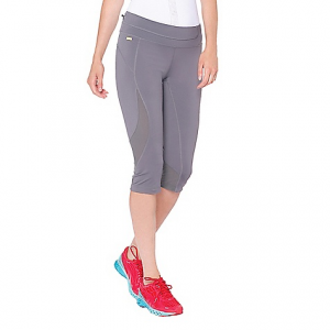 lole women's run capri- Save 41% Off - On Sale. Free Shipping. Lole Women's Run Capri FEATURES of the Lole Women's Run Capri Capri with mesh inserts for more breathability Zip pocket at back of waistband Lined gusset at crotch allows for more stretch Flat seams for comfort, removing that uncomfortable bump against your lower back when laying flat on your yoga mat or while doing sit-ups Fabric has moisture-wicking technology that moves sweat away from your body to keep you cool during your workout Quick dry fabric keeps you feeling comfortable and dry, even at your sweatiest