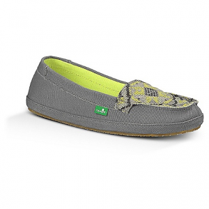 sanuk women's cross stitch shoe- Save 46% Off - On Sale. Free Shipping. Sanuk Women's Cross Stitch Shoe FEATURES of the Sanuk Women's Cross Stitch Shoe Quilted, printed canvas slip-on with moc toe construction Soft canvas lining High rebound EVA footbed featuring an antimicrobial additive Happy U rubber outsole
