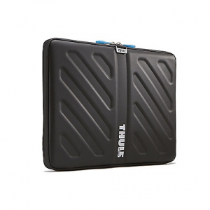 Thule Gauntlet MacBook Sleeve