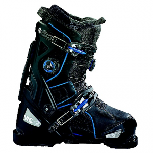 apex ski boots mc-2 ski boot- Save 25% Off - On Sale. Free Shipping. Apex Ski Boots MC-2 Ski Boot FEATURES of the Apex Ski Boots MC-2 Ski Boot EVA heat-moldable liner Tunable A-Flex Suspension(TM) and cuff alignment Micro & macro adjustable buckles 18 points of closure Two Boa(R) closure zones Apex Honeycomb tread outsole Tri-level flex rating: 90/100/110