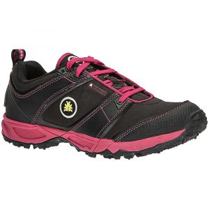 icebug women's pytho3 bugrip shoe- Save 35% Off - Features of the Icebug Women's Pytho3 BUGrip Shoe Racer/trainer/distance shoe with BUGrip sole for extreme traction Ideal racing shoe for trail runners and obstacle course racers and a daily trainer for light, natural runner Low profile and flexibility allow for good terrain feel, while enabling the foot to move naturally Nylon Uppers absorb minimal water and have great water repellency PU protective trim on toe box and heel increase durability