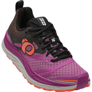 pearl izumi women's em trail n3 shoe- Save 25% Off - Features of the Pearl Izumi Women's EM Trail N3 Shoe Seamless Upper delivers improved mid-foot Fit and anatomical forefoot shape allows for natural forefoot splay and foot swelling Dynamic offsett-shaped Midsole is biomechanically trail tuned for the neutral runner looking for maximum cushioning and all-day comfort 1:1 Energy foam rim and core Midsole construction puts soft cushioning under your entire foot ESS Forefoot rock plate protects feet against stone bruising and rock push-through Aggressive, mulit-directional carbon rubber Outsole offers supurbe traction and abrasion resistance