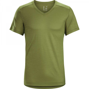 Image of Arcteryx Men's A2B V Neck Top