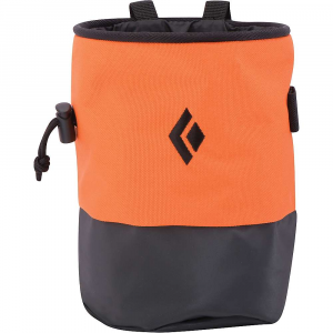 black diamond mojo zip chalk bag- Save 14% Off - Features of the Black Diamond Mojo Zip CHALK Bag Classic cylinder shape with pliable wire rim and TPU abrasion-resistant lower Zippered pocket for keys, route topo or Smartphone Fleece-lined interior with cinching cord-lock closure Brush holder Webbing belt with quick-release buckle