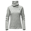 photo: The North Face Novelty Glacier Pullover
