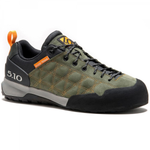 photo: Five Ten Men's Guide Tennie approach shoe