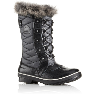 Get insulation and style in the same boot. This winter, lace up this faux fur-trimmed option...