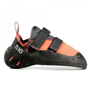 five ten arrowhead climbing shoes - size 6.5- Save 29% Off - For unbeatable fit and performance, the Five Ten Arrowhead Climbing Shoes feature an upper that molds to the foot, a turned-down toe and heel that grip without pinching, and a Stealth rubber outsole for edging, friction, and durability. . Supple, breathable Cowdura synthetic suede upper molds to the foot. Stealth Onyxx high-friction rubber outsole provides unbeatable hardness for precision edging, stickiness for friction, and exceptional durability. Turned-down toe and heel cup grips without pinching. Velcro closure.