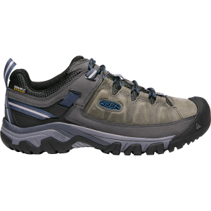 Keen\\\'s iconic hiking shoe for men brings an updated look to all-terrain adventures. They...