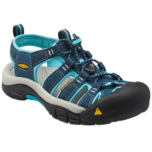 Keen\\\'s versatile shoe has you ready for a warm-day hike with its land-to-water concept. Its...