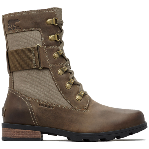 Your rainy-season go-to, this weather-ready boot offers edgy style in a wear-all-day design....