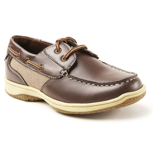 Lace up the Jay and help your kid have fun all summer long. Our boat shoe is all about cool...