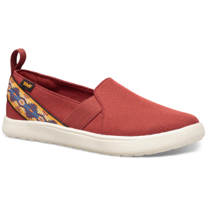 Utilizing the same foot-forming Mush topsole as our beloved Voya sandals, this sporty, slip-on...