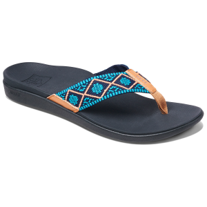 Outfitted with anatomical arch support to keep you comfortable through every adventure, the Reef...
