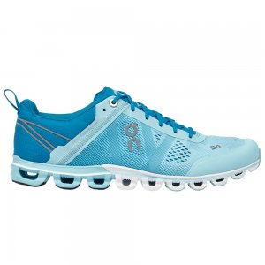On Cloudflow Running Shoe (Women's)