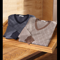 Peter Millar Diamond V-Neck Sweater